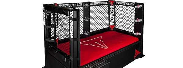 Le lit MMA Throwdown !