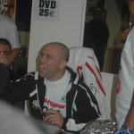 Séance de dédicace Wanderlei Silva Paris février 2005 (3)