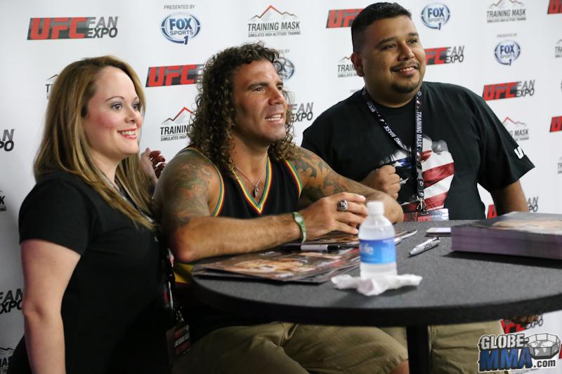 UFC Fan Expo 2013  (15)