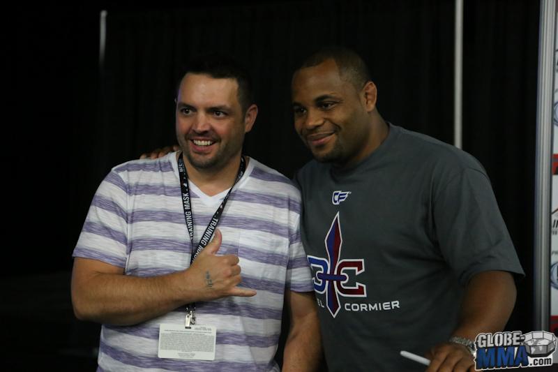 UFC Fan Expo 2013  (27)