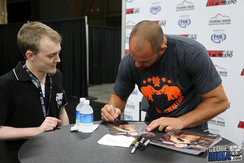 UFC Fan Expo 2013  (28)