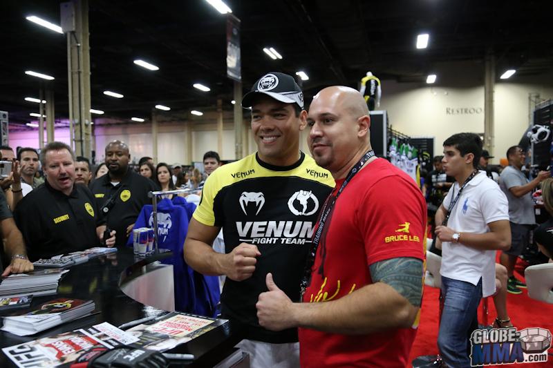 UFC Fan Expo 2013  (33)
