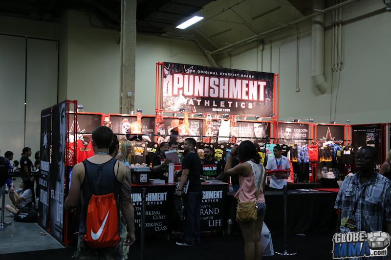 UFC Fan Expo 2013  (35)