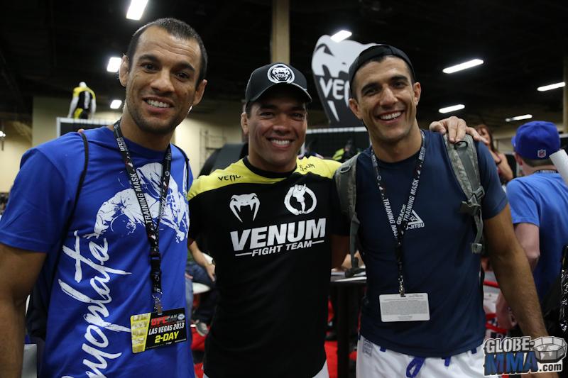 UFC Fan Expo 2013  (41)