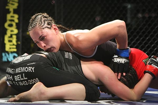 Jessica Eye combat