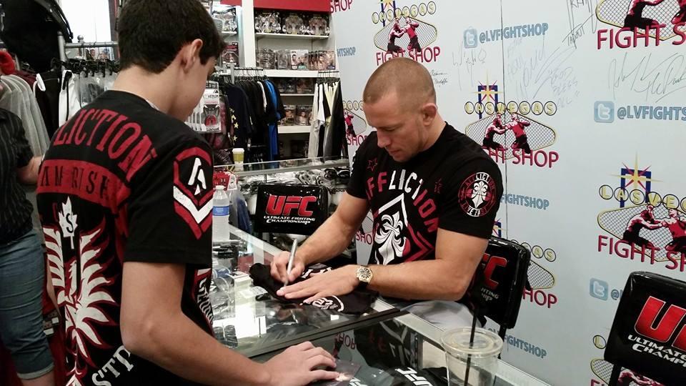 GSP au Las Vegas Fight Shop