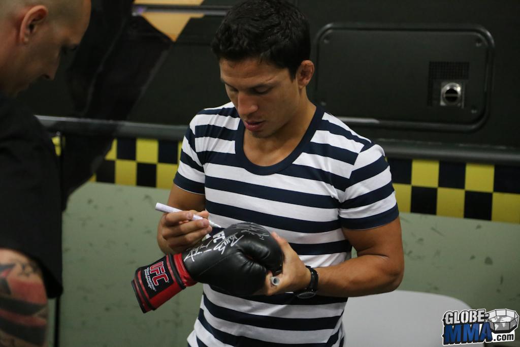 UFC Fan Expo 2014 (130)