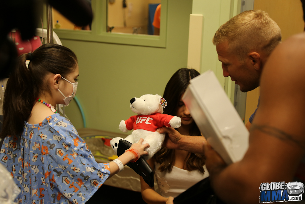 UFC Sunrise Children's Hospital (17)