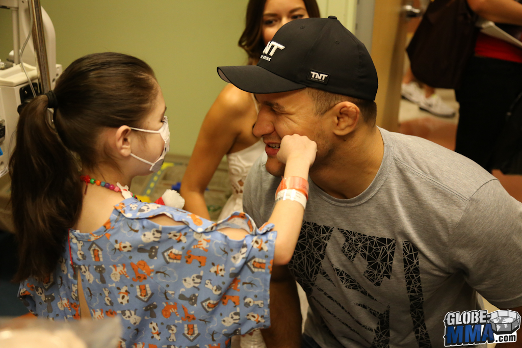 UFC Sunrise Children's Hospital (26)