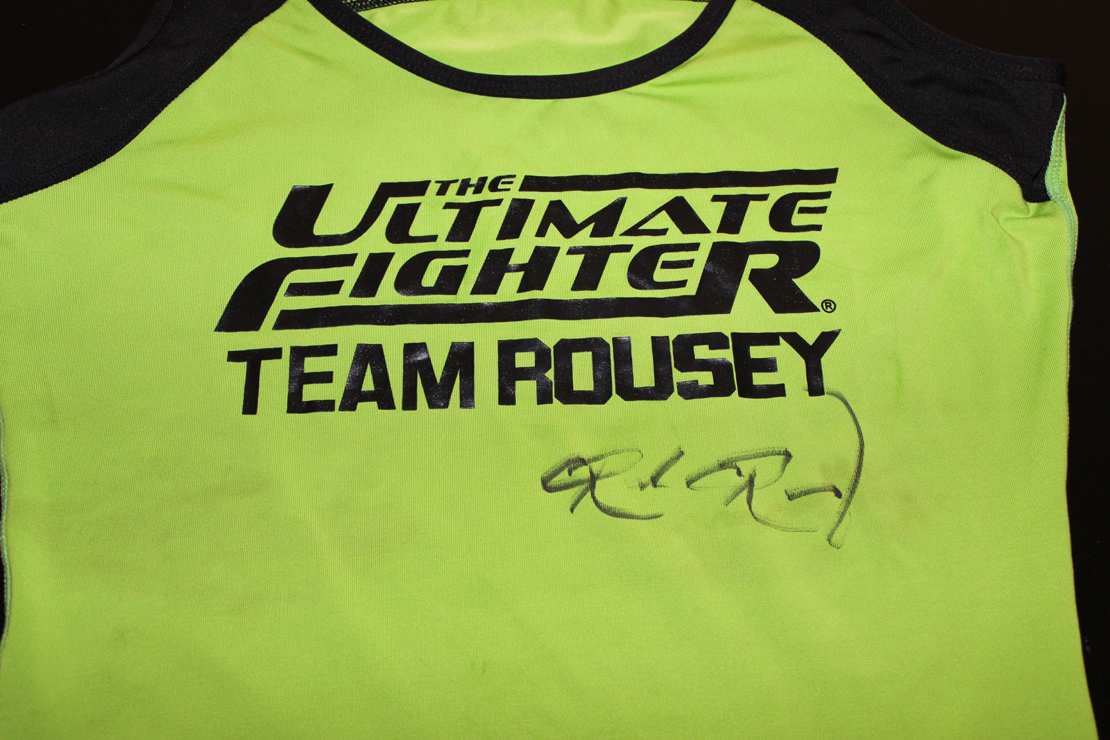 Team Rousey TUF signature