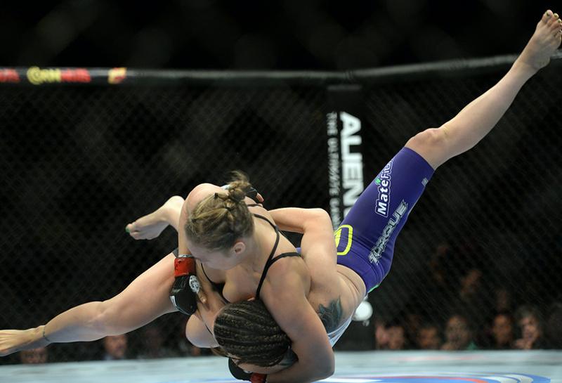Ronda Rousey vs Alexis Davis