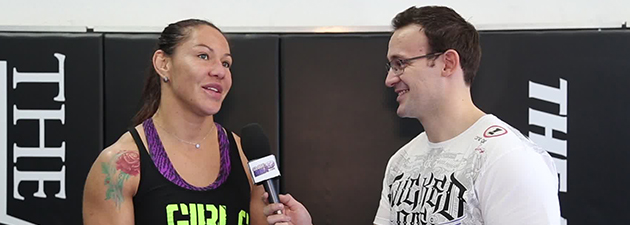 Interview-de-Cris-Cyborg